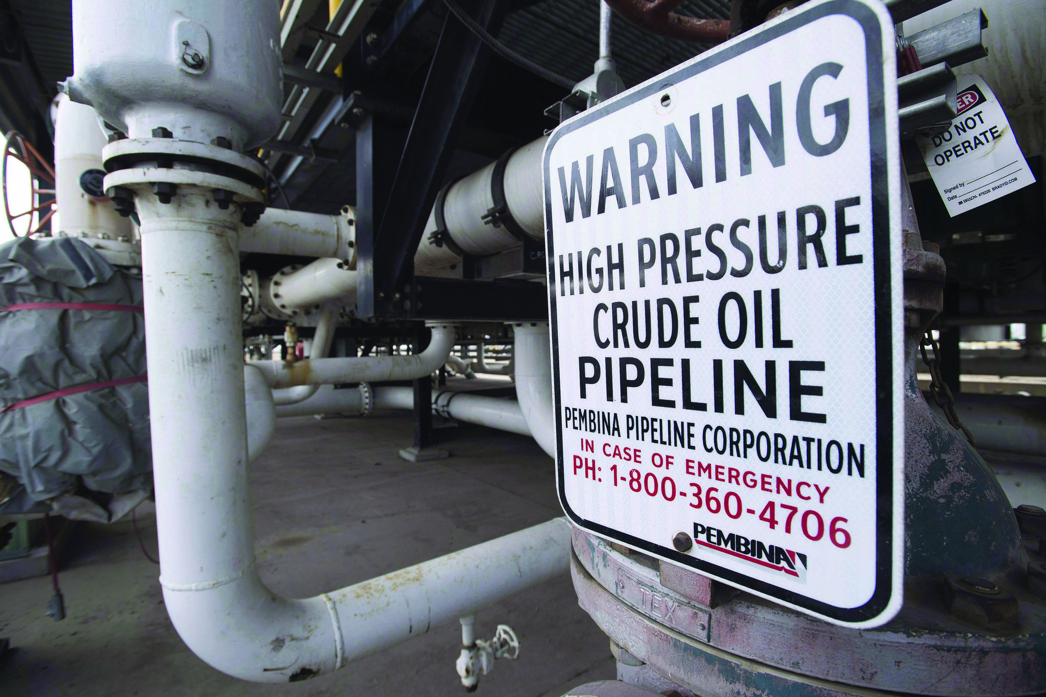 Canadian production of unrefined crude bitumen rose in December 2018 and fossil fuel sources of various sorts accounted for almost 90 per cent of Canadian energy production. THE CANADIAN PRESS/Jonathan Hayward